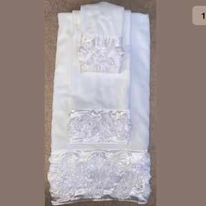Other - Towel set
